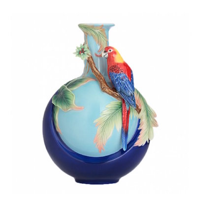 Vase, Blue Winged Parrot